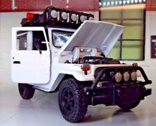 1:24 Escala TOYOTA LAND CRUISER FJ40 Expedition by MOTORMAX modelo fundido