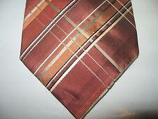 VAN HEUSEN 58 x 3.75 Orange White Silk Necktie Tie (13092) Free US Ship