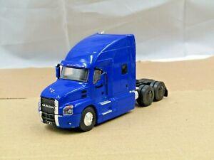 dcp/greenlight blue 2 Mack Anthem tractor new no box 1/64.,.