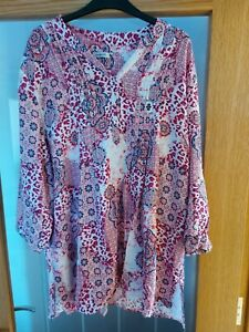 Ladies blouse from Damart Size 24 Pink