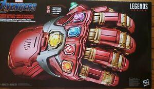 Marvel Legends Series Avengers Electronic Power Gauntlet Thanos Iron Man