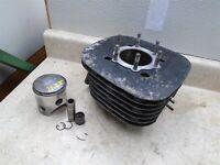 Yamaha 250 DT ENDURO DT250 Engine Cylinder & Piston 70.25mm 1975 YB281 WD
