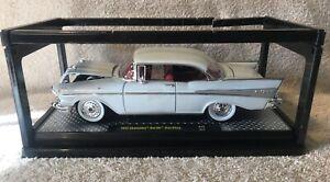 M2 Machines 1957 Chevrolet Bel Air Hard Top Auto Thentics White 57 Chevy VHTF!