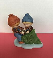 VINTAGE ENESCO COUNTRY COUSINS SCOOTER AND KATIE PULLING CHRISTMAS TREE
