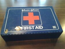 JOHNSON & JOHNSON METAL BOX BLUE FIRST AID KIT 8161 WITH CONTENTS LIST 1985