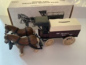 1991 Hershey's Horse Delivery Wagon Bank With Key