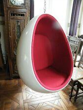 Ei Shell Chair Eierschalenstuhl Hängesessel Oval Ei mit Edelstahlkette rot/weiß