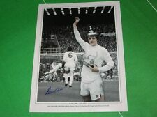 C Signed Lower Division Player/Club Football Photos