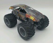 2004 Mattel Hot Wheels Monster Jam Truck Maximum Destruction Diecast 1:24 Scale