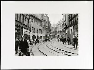 Fotografie in der DDR. Silbergelatine Abzug Helga PARIS (*1938 D), handsigniert