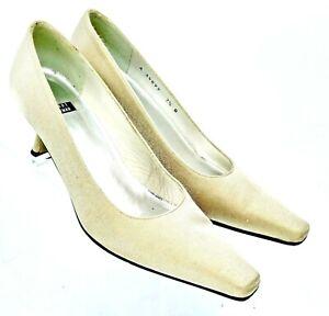 Stuart Weitzman Pump Women's 7.5 B Champagne Gold Fabric Slip On Heel Shoe Spain