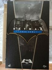 Hot Toys Batman MMS 342 S 1/6 whit tech cowl Batman VS Superman