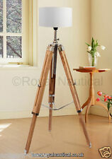 WOODEN TRIPOD VINTAGE LOOKS LIGHTING STAND FLOOR LAMP LIGHT WITHOUT SHADE.