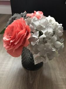 Artificial Flowers Arrangement Glass Wase Grey White Salmon Pink Roses Hydrangea