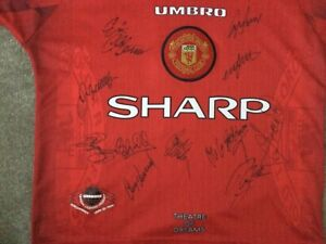 Manchester United signed shirt (beckhams rookie year)