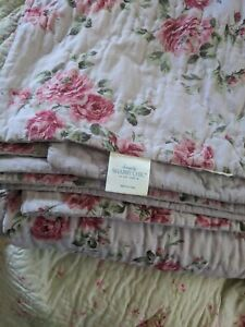 Simply Shabby Chic Quilt Queen Reversible  Darling