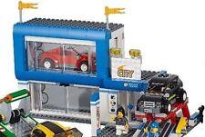 UNBUILT LEGO CAR DEALERSHIP SEALED IN FACTORY BAGS 2015 60097 City Square