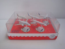 Coffret kinder Diorama Dioramen collection avion AIRBUS A330 - 300 Lufthansa