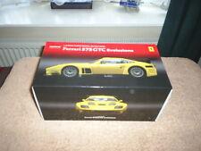 Kyosho, escala 1/18th, Ferrari 575 GTC le falta Evoluzione
