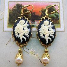 Victorian Cameo orecchini tono oro cammei neri angeli e perle