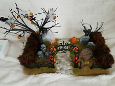Department 56 - Halloween Haunted Front Yard #56.52924- Works Perfectly!