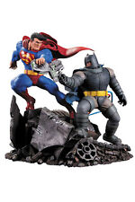 DC Batman The Dark Knight Returns Statue Superman vs.Batman 28 cm (NEW)