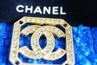 1 One  Chanel button 1 pieces gold  cc logo size 1 / 1 inch     emblem