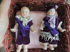 Deux petites poupées anciennes allemandes tout en biscuit - 14 cm de hauteur