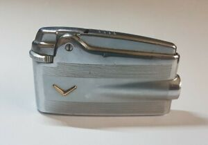 Beautiful Vintage RONSON Varaflame Gas Lighter