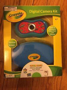 NEW IN BOX Crayola Digital Camera Kit - Blue