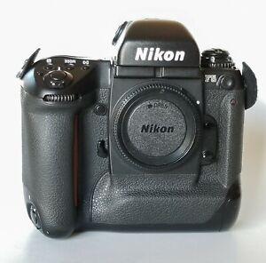 Nikon F5 35mm Body Only Film Camera - Black
