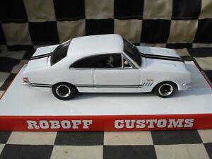 Scalextric - GTS Monaro - 1/32 slot car - custom built
