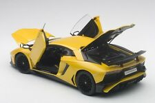 Autoart Lamborghini Aventador Lp750-4 Sv Nouveau Giallo Orion / Met Jaune