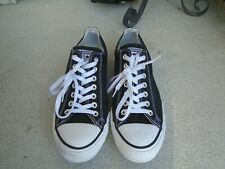 Mens Converse black canvas low sneakers sz 9