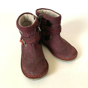 Stride Rite girl's Medallion Roslin suede leather boots purple size 6M
