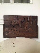 scène de chasse à cour sculptée sur bois de la foret noire signé et daté de 1941