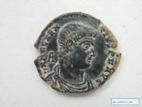 Moneda Romana Magencio Año 350-353 d.c