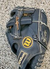 Vintage Wilson A2000 1367 Baseball Glove 11 Inches Nylon Stitched Snap Action