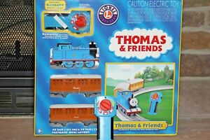 2012 Thomas & Friends Ready to Run Train Set Oval Layout Remote Control Retired!