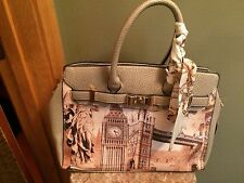 New with tags Arcadia London Big Ben England purse handbag beige tan H05586LG