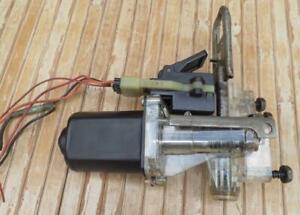 Cadillac DeVille/Seville/Eldorado '92-99 Trunk Pull-Down Motor *5-PIN PLUG*