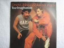 Two Daryl Hall and John Oates 7-inch vinyl singles in excellent condition