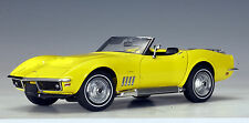 1969 CHEVROLET CORVETTE CONVERTIBLE YELLOW 1:18 by AUTOart BRAND NEW IN BOX
