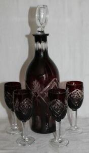 schönes Kristall Set - weinroter Überfang - Karaffe / Flasche + 4 Gläser