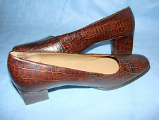 WOMEN'S SHOES 8 1/2 2A EASY SPIRIT CROC CAREER PUMPS BROWN