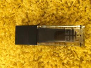 Givenchy Le Soin Noir Serum 30ml Womens Skin Care