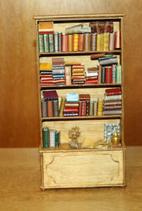 Dollshouse Miniature - Antique Pine Bookcase filled with Books