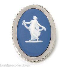 """Wedgwood Jewelry Women'S Classic Saxon 1.75"""" Jasperware Brooch BLUE NEW IN BOX"""
