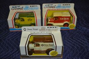 Ertl 1913 Ford Model T Delivery Truck Bank CountryTime Fanny Farmer Meijer Lot