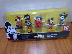 Mickey True Original Thru The Years 90th Special Edition Figure Set
